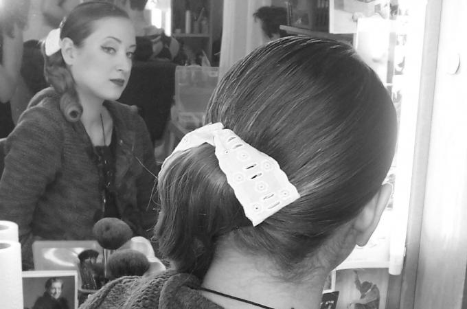 Beauty Make-Up & Eigenhaarfrisur mit Haarteil