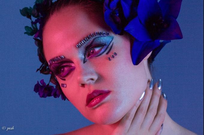 hair & makeup: promakeupart, photo: posh